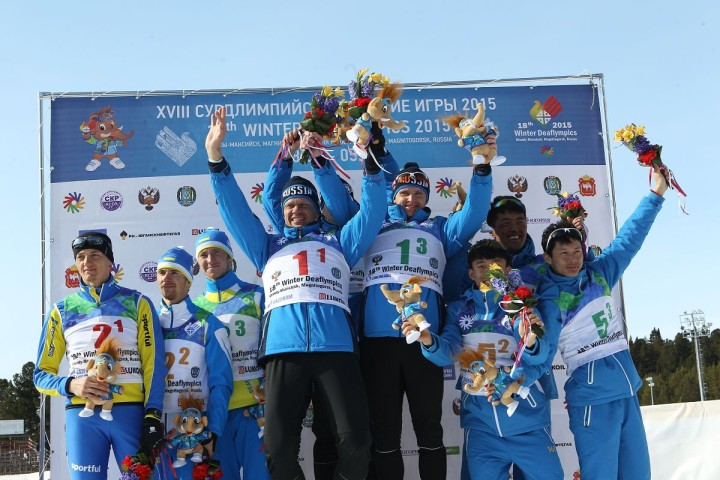 Russia's men's cross-country relay team powered to a dramatic gold by beating Ukraine by 2.9 seconds at the Deaflympics ©Ugra 2015
