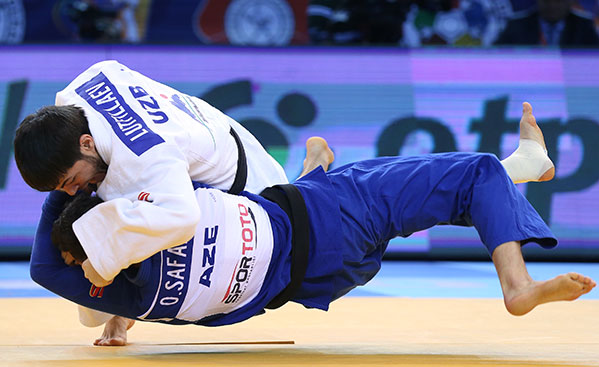 Sharafuddin Lutfillaev won one of two gold medals for Uzbekistan ©IJF