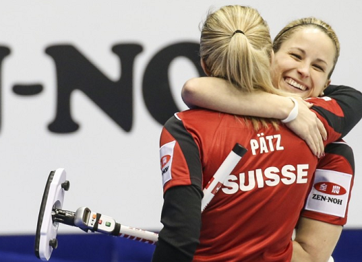 Switzerland beat Canada in the top page play-off to advance directly to the final ©World Curling Federation