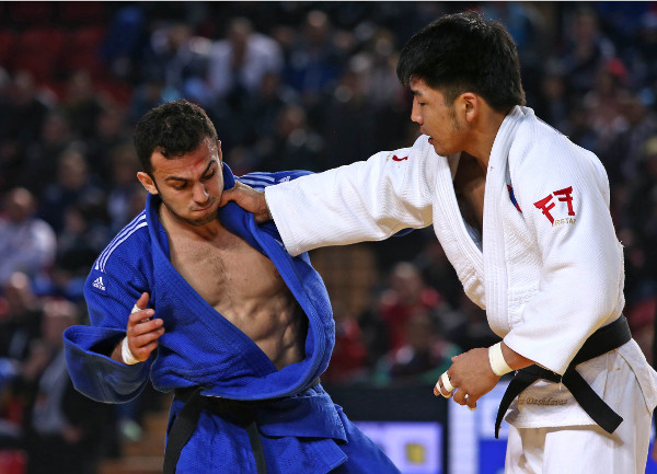 Tumurkhuleg Davaadorj of Mongolia (white) claimed one of two Mongolian golds on the opening day of the IJF Grand Prix in Tbilisi ©IJF