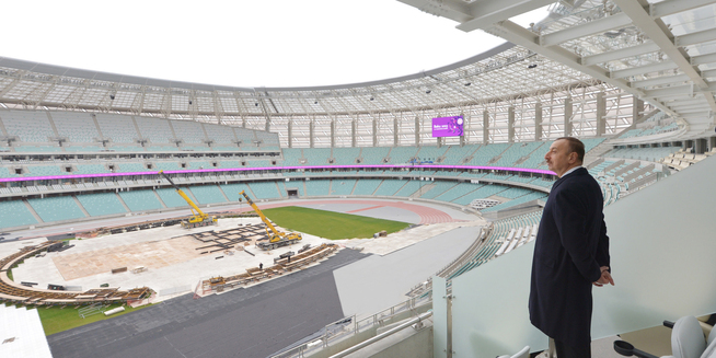 President Aliyev surveying the work that has been done on the National Stadium ©Official site of the President of Azerbaijan