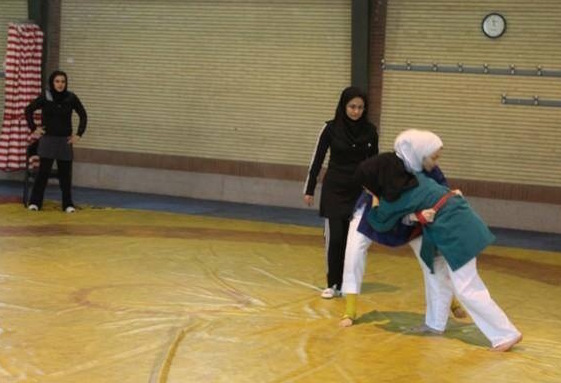 Women in Iran will begin to train and compete in belt wrestling ©IRNA