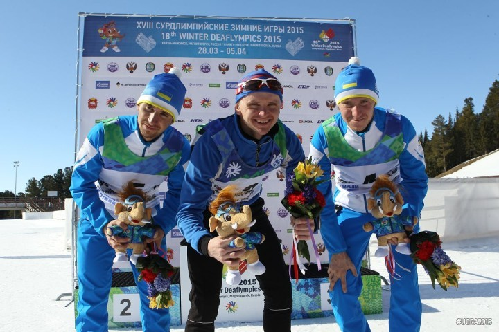 Alexey Groshev overcame two Ukrainian rivals in cross country sprint events ©Ugra 2015