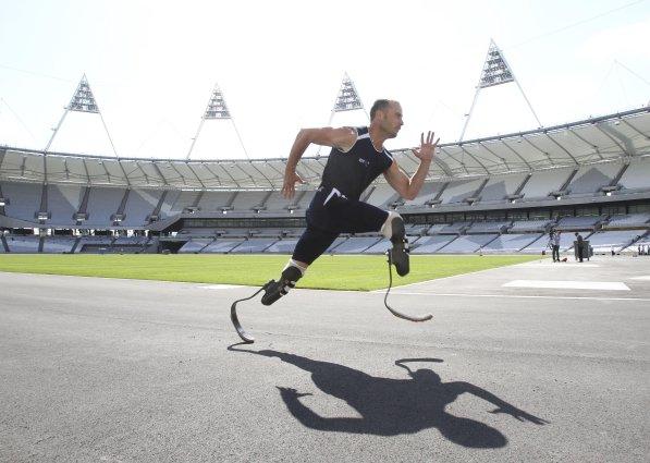 Oscar_Pistorius_at_London_2012_Olympic_Stadium_May_2011
