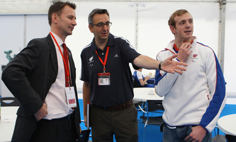 Tim_Hollingsworth_with_Jeremy_Hunt_and_Ben_Rushgrove