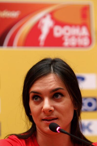 Yelena Isinbayeva_Doha_press_conference_2010