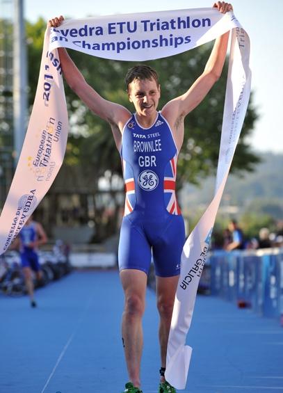 Alistair_Brownlee_wins_European_title_June_25_2011