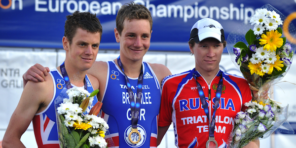 Alistair_and_Jonathan_Brownlee_on_podium_European_Championships_June_25_2011