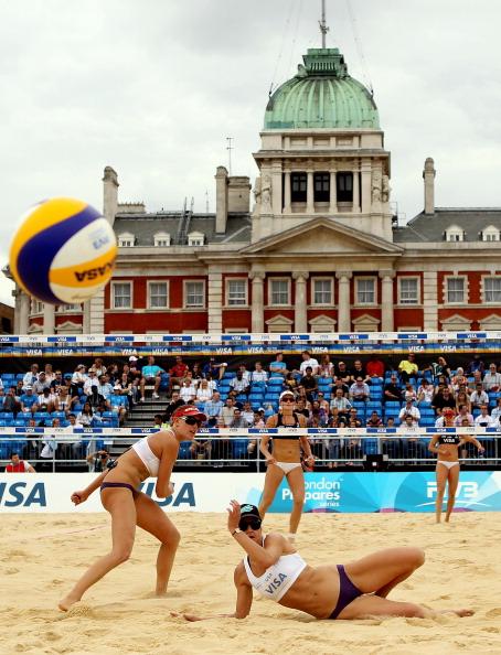 Beach_volleyball_test_event_August_11_2011