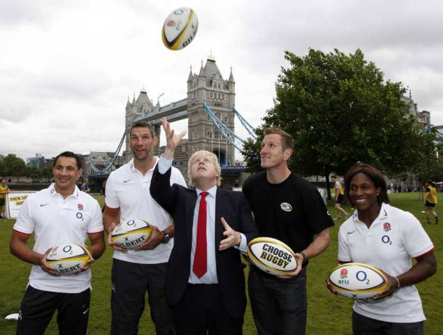 Boris_Johnson_and_Will_Greenwood_at_O2_touch_rugby_launch