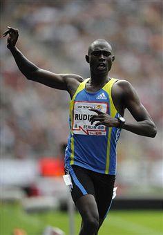 Kenyan breaks 13-year-old world 800m record