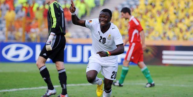 Dominic_Adiyiah_celebrates_goal_Eygpt_2009