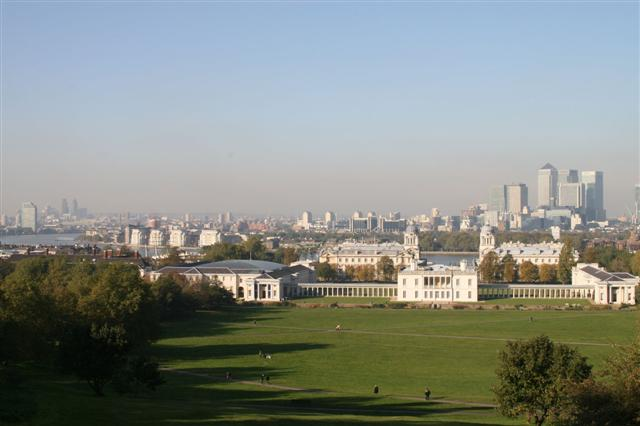 Greenwich Park with Canary Wharf in background (Small)