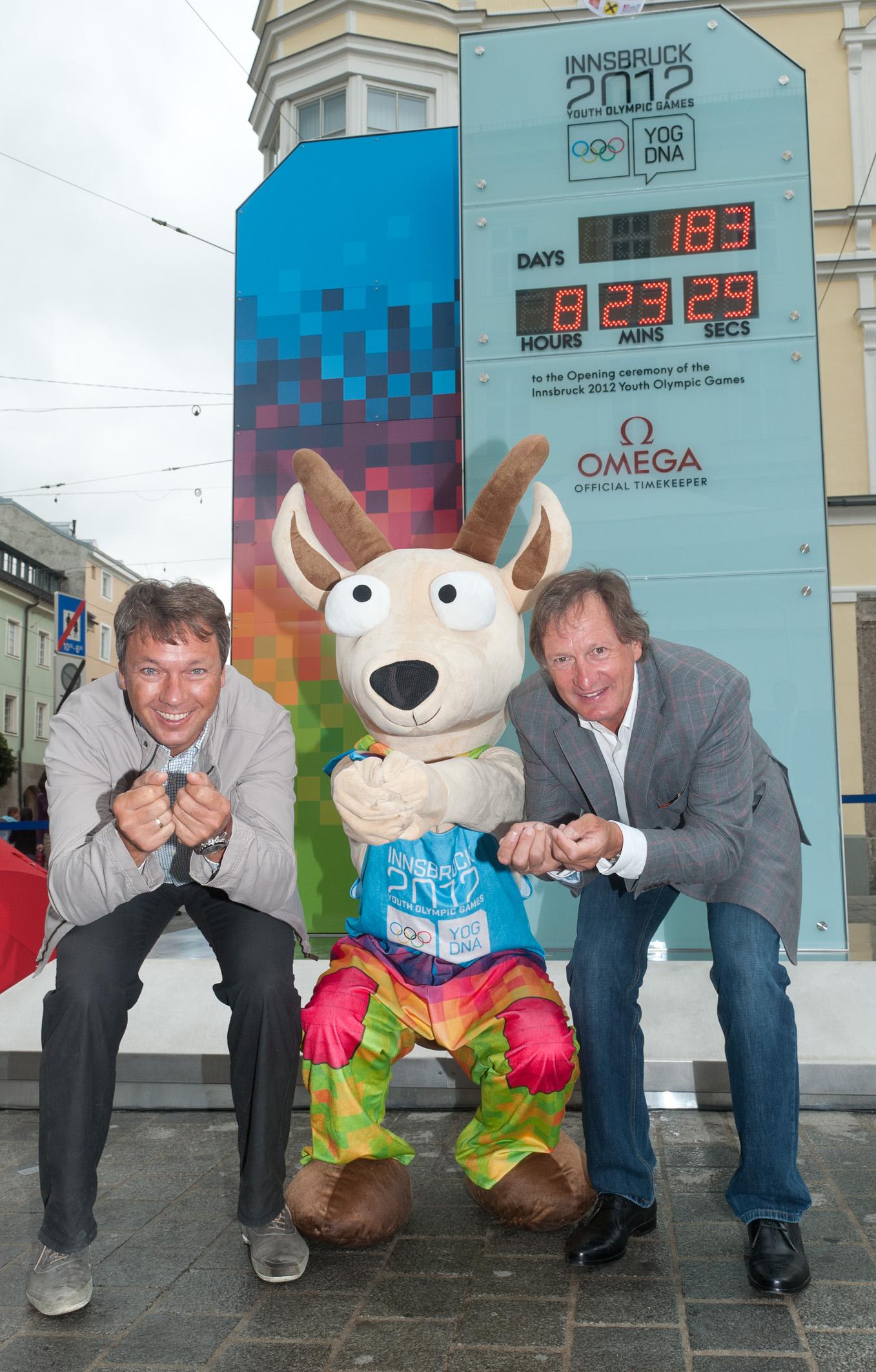 Innsbruck_2012_mascot_at_opening_of_Countdown_Clock_July_14_2011