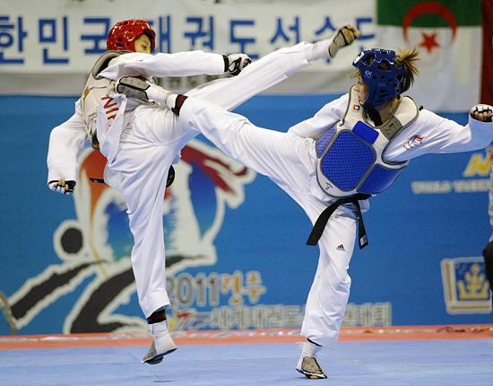Jade_Jones_in_final_of_World_Championship_May_4_2011