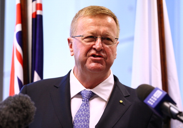 John_Coates_at_AOC_sponsorship_announcement_Sydney_May_12_2011