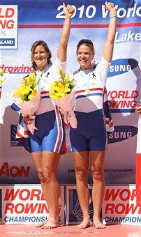 Katharine_Grainger_and_Anna_Watkins_world_champions_November_2010