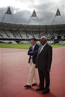 Lamine_Diack_with_Sebastian_Coe_at_Olympic_Stadium_August_6_2011