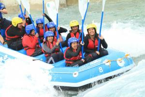 Lee_Valley_White_Water_Centre_with_schoolchildren_going_down_it_June_29_2011