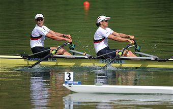 Anna_Watkins_and_Katharine_Grainger_win_in_Lucerne_July_10_2011