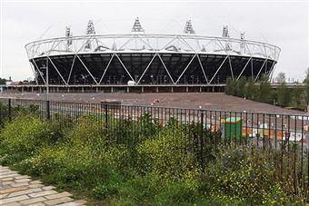 London_2012_Olympic_Stadium_June_30_2011