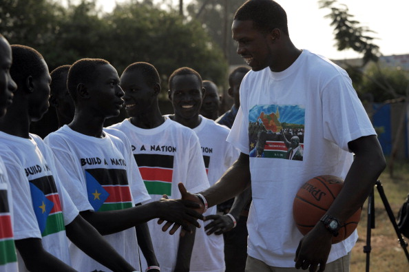 Luol_Deng_in_South_Sudan_July_8_2011