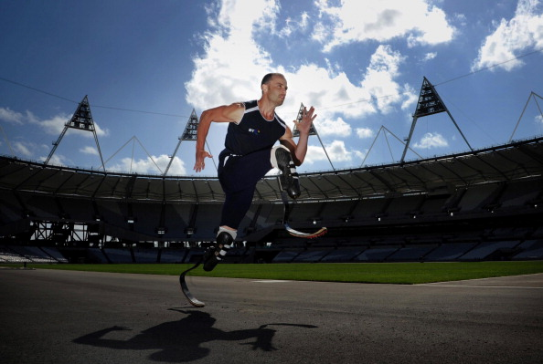 Oscar_Pistorius_at_Olympic_Stadium_July_2011