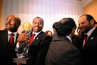 Qatar_celebrate_being_awarded_World_Handball_Championships_January_27_2011