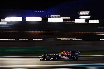 Sebastian_Vettel_in_Abu_Dhabi_November_2010