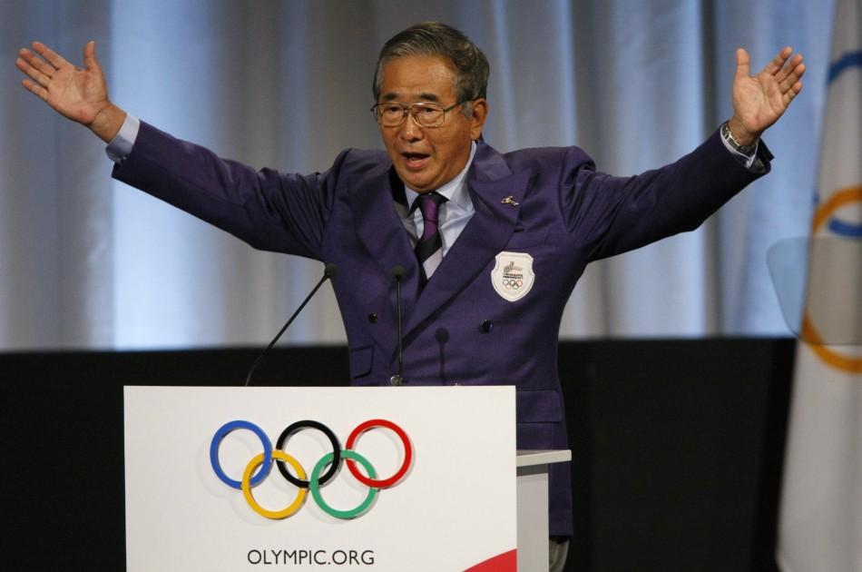 Shintaro_Ishihara_at_Olympic_lectern