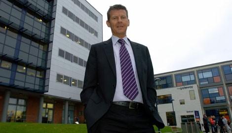 Steve_Cram_at_University_of_Sunderland