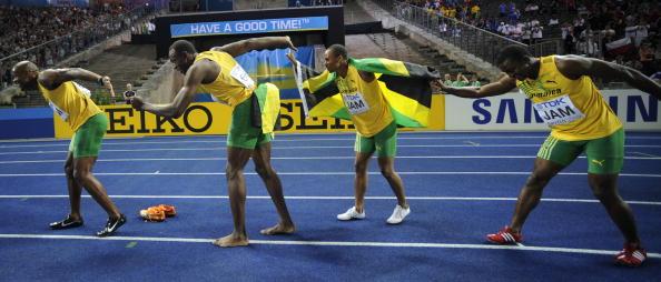 Steve_Mullings_and_4x100m_relay_team_Berlin_2009
