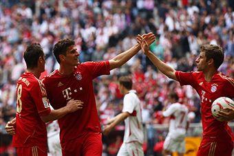 Thomas_Muller_celebrates_goal_for_Bayern_Munich