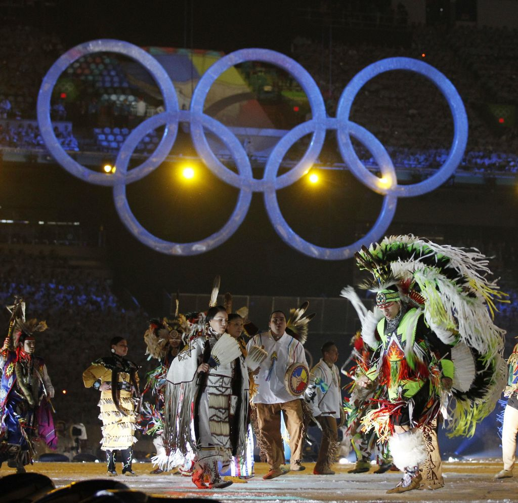 Vancouver_Olympics_with_Indians