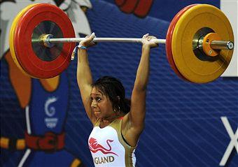 Zoe Smith lifting(1)