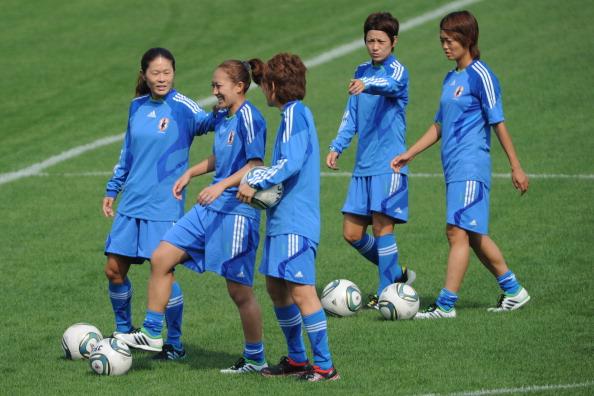 japan_womens_football_team_training_for_london_2012_qualifiers_01-09-11