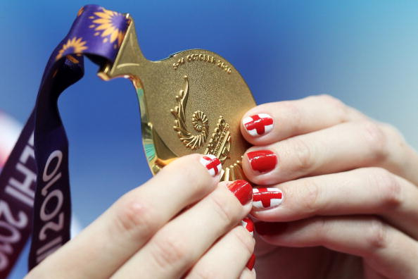 rebecca_adlington_delhi_2010_commonwealth_games_medal_04-08-11
